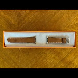Band Apple Watch Hermès Fauve Barenia 44 mm